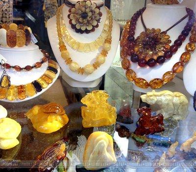 янтарные изделия в Литве