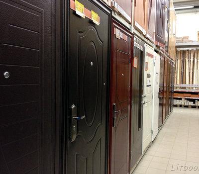 Сенукай, входные металлические двери в ассортименте