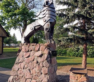 Кернаве, скульптура волка