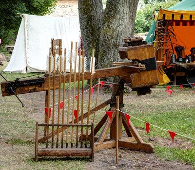 средневековый арбалет Литва фото