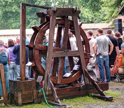 водяное колесо Литва фото