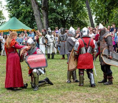 Средневековые костюмы Литва фото