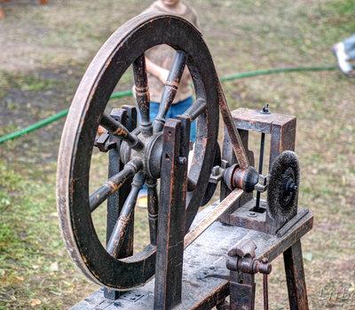 средневековый инструмент Литва фото