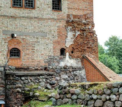 Старинные башни Тракайского замка фото Литва