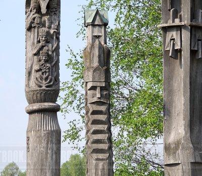 как выглядит деревянная скульптура