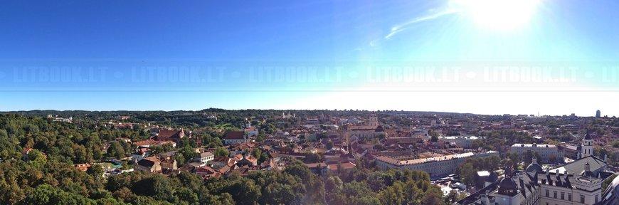 Панорамный вид с высоты на Старый Город, Вильнюс