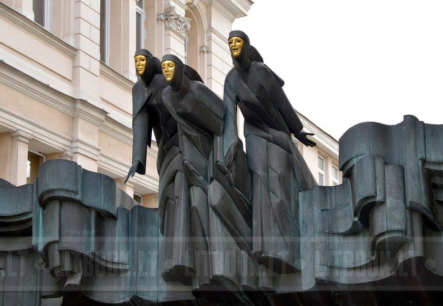 Три музы, Вильнюс