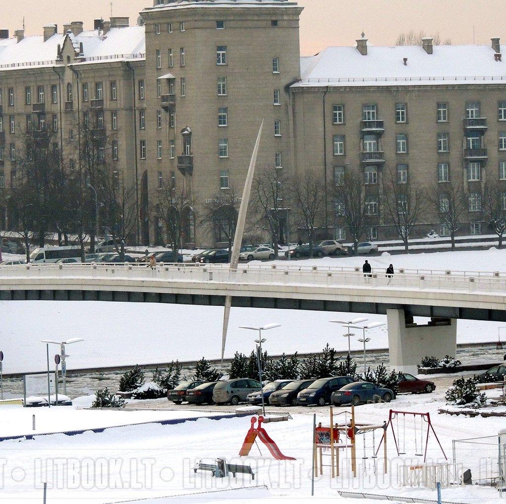 Пешеходный мост в Вильнюсе