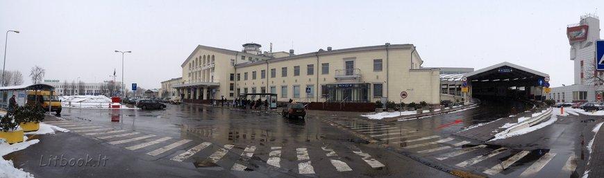 как бесплатно заехать в аэропорт Вильнюса на машине